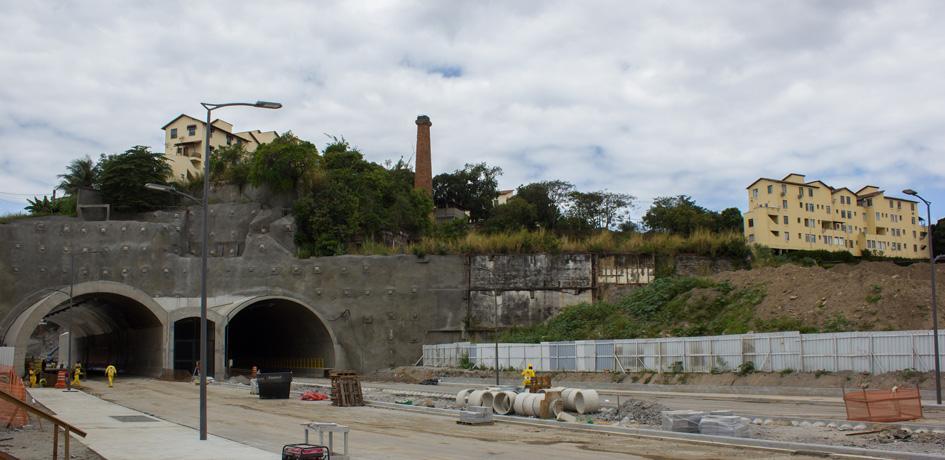 Obras para ajustes finais da Via Binário do Porto