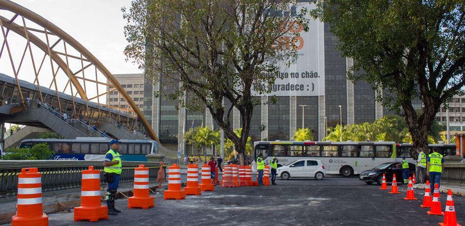Primeiro dia de reversível da Avenida Presidente Vargas