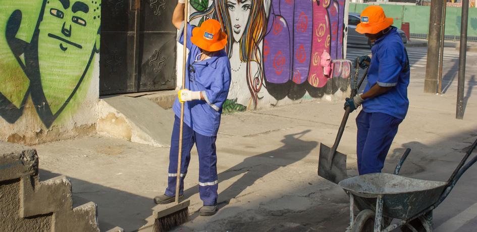 Limpeza de vias e calçadas